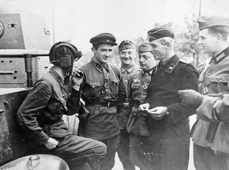 Fratia nazisto-sovietica in 1939
